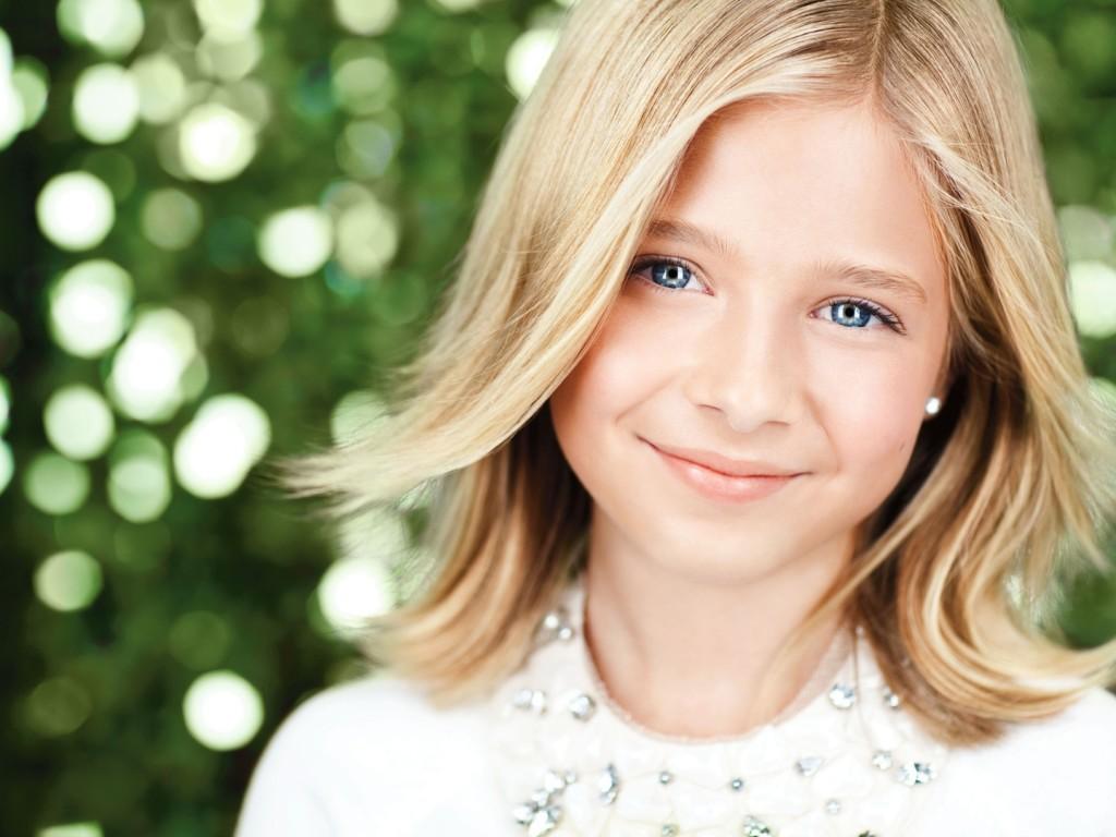 child-face-smile-girl-1024x768